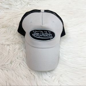 Von Dutch Trucker Hat Classic Logo Mesh